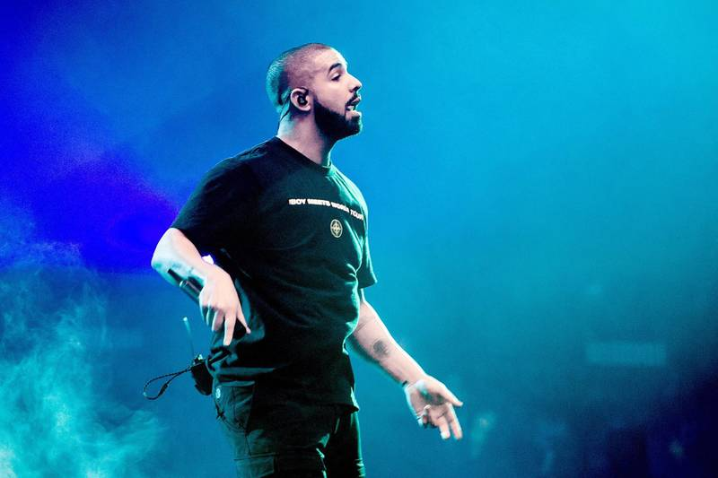2017-01-28 22:27:03 US singer Drake performs on stage on January 28, 2017 at the Ziggo Dome in Amsterdam, as part of his Boy Meets World Tour. / AFP PHOTO / ANP / Ferdy Damman / Netherlands OUT