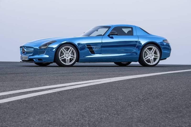 Mercedes Benz SLS AMG Electric Drive;Platin blue chrom; designo Leder exklusiv schwarz; (BR 197); Paris 2012 *** Local Caption ***  12C1038_286.jpg