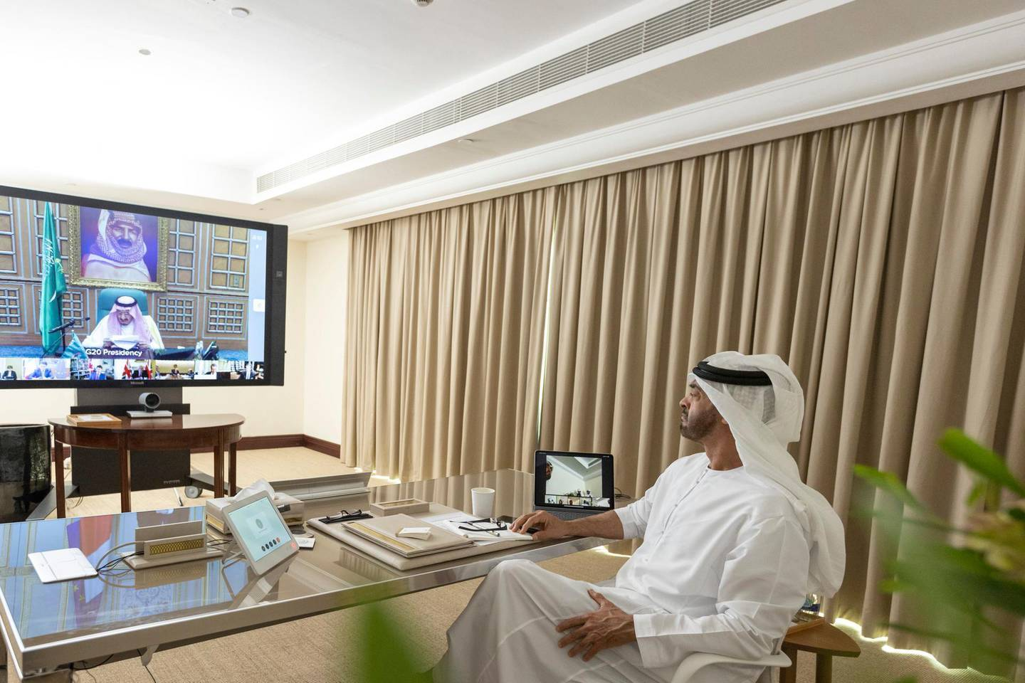 ABU DHABI, UNITED ARAB EMIRATES - March 26, 2020: HH Sheikh Mohamed bin Zayed Al Nahyan, Crown Prince of Abu Dhabi and Deputy Supreme Commander of the UAE Armed Forces, participates in the virtual G20 Leaders Summit.   ( Mohamed Al Hammadi / Ministry of Presidential Affairs ) ---