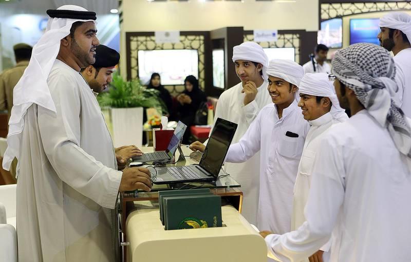 Fujairah, 25, April, 2017: Emiratis apply for the job at the Etisalat  during the  Fujairah International Career and Education Fair 2017 at the Exhibition Centre in Fujairah.  ( Satish Kumar / The National ) ID No: 30569Section: NewsReporter: Ruba Haza