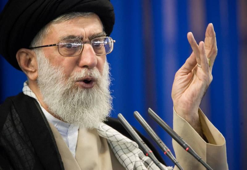 FILE PHOTO: Iran's Supreme Leader Ayatollah Ali Khamenei speaks during Friday prayers in Tehran September 14, 2007. REUTERS/Morteza Nikoubazl/File Photo