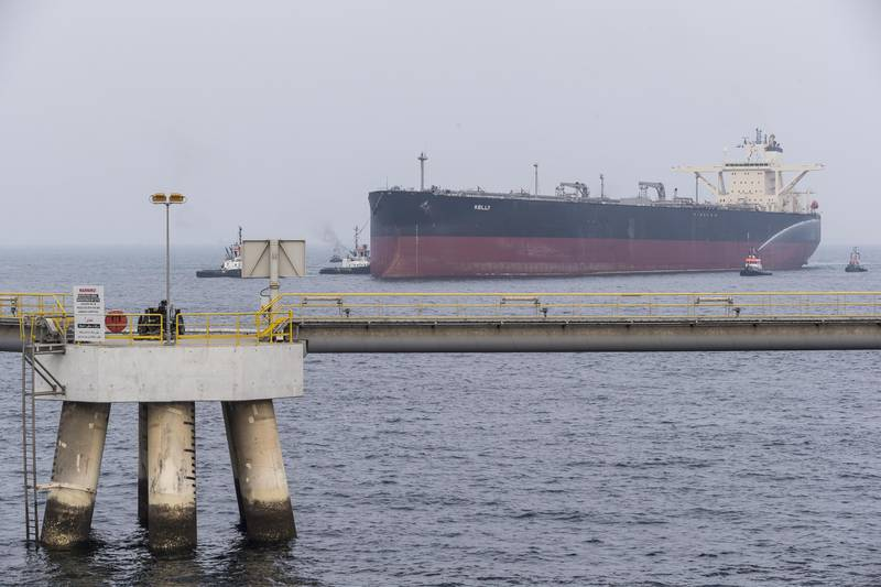 FUJAIRAH, UNITED ARAB EMIRATES, 21 SEPTEMBER 2016. A VLCC or Very Large Crude Carrier docks at the Fujairah Oil Tanker Terminal VLCC Birth 1 jetty in the Port of Fujairah on the day of the inauguration ceremony. (Photo: Antonie Robertson/The National) ID: 81649. Journalist: Ruba Haza. Section: Business. *** Local Caption ***  AR_2109_VLCC_Tanker_Terminal-20.JPG