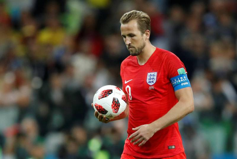 Soccer Football - World Cup - Round of 16 - Colombia vs England - Spartak Stadium, Moscow, Russia - July 3, 2018  England's Harry Kane walks up to take his penalty during the shootout  REUTERS/Carl Recine