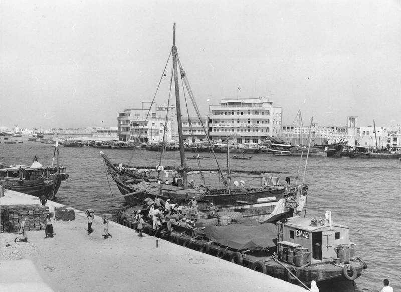 1967:  Ships unloading their goods on the creek for the Customs Department in Dubai.  (Photo by Chris Ware/Keystone Features/Getty Images)