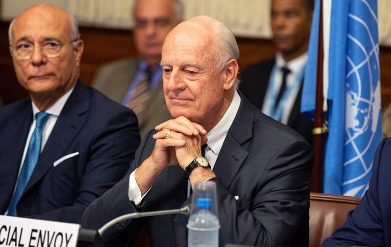 epa07019592 UN Special Envoy of the Secretary-General for Syria Staffan de Mistura (R) attends a meeting, during the consultations on Syria, at the European headquarters of the United Nations in Geneva, Switzerland, 14 September 2018. Representatives from Egypt, France, Germany, Jordan, Saudi Arabia, the United Kingdom and the United States meet with the UN Special Envoy of the Secretary-General for Syria for discussions about the situation in Syria.  EPA/XU JINQUAN / POOL