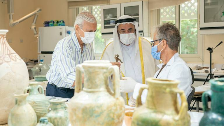An image that illustrates this article Sharjah Ruler briefed on treasure trove found by archaeologists