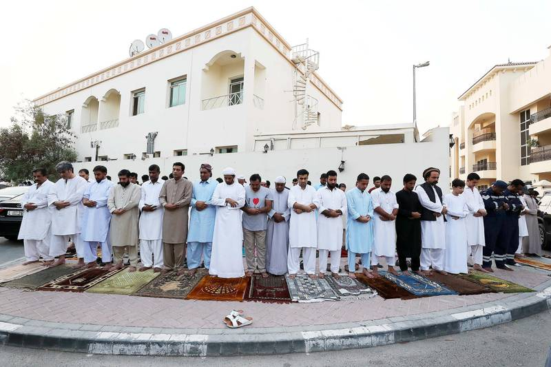 DUBAI, UNITED ARAB EMIRATES, August 21 – 2018 :- People during the Eid Al Adha prayers near the Jumeirah Mosque in Dubai. ( Pawan Singh / The National )  For News. Story by Nawal