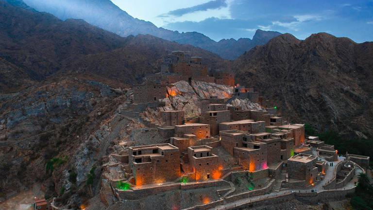 An image that illustrates this article Saudi Arabia's tourism fund signs deal to develop new project in Al Baha