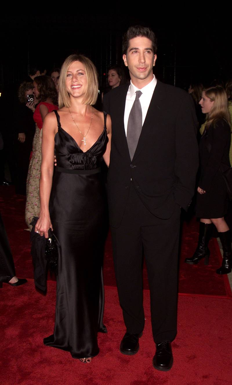 Jennifer Aniston and David Schwimmer arrives at the 27th Annual People's Choice Awards at the Pasadena Civic Auditorium in Los Angeles, California, Sunday January 7, 2001. Photo by Kevin Winter/Getty Images