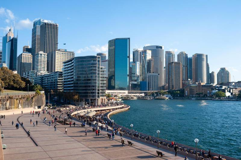 MNJMM5 11.05.2018, Sydney, New South Wales, Australia - A view of Sydney's city skyline with the Central Business District and the waterfront.