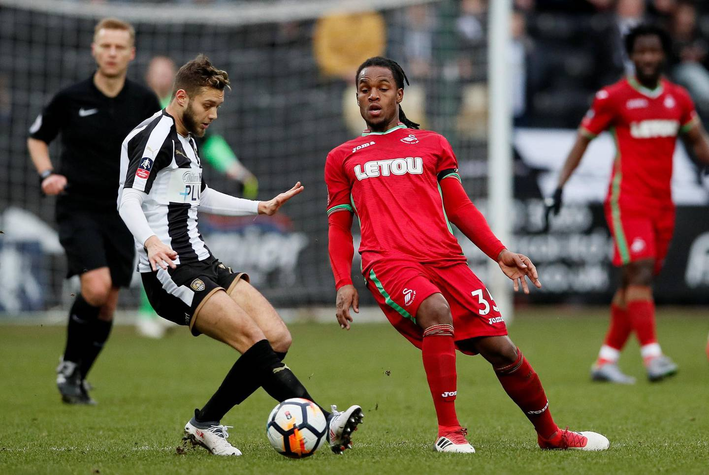 Soccer Football - FA Cup Fourth Round - Notts County vs Swansea City - Meadow Lane, Nottingham, Britain - January 27, 2018   Notts County's Jorge Grant in action with Swansea City's Renato Sanches    REUTERS/David Klein