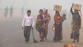 Thousands of schools close as smog envelops India and  Pakistan