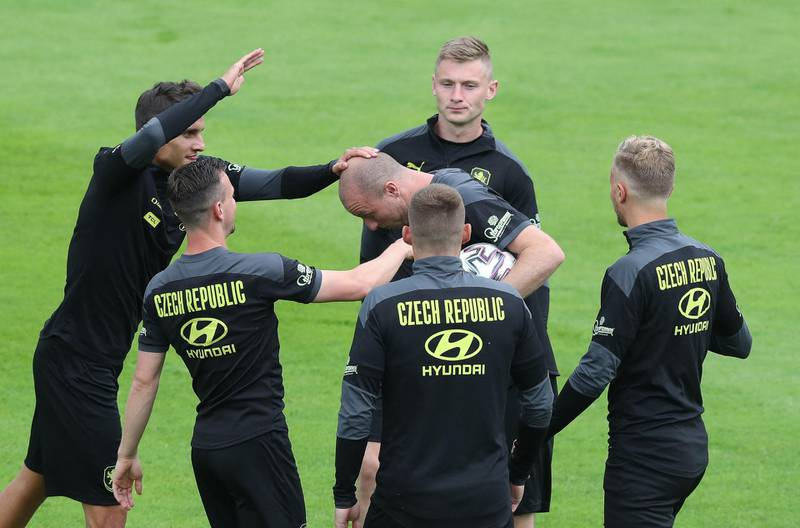 Czech Republic's players take part in a training session on June 25, 2021 in Prague, during the UEFA EURO 2020 football competition. / AFP / Bozena Dobra