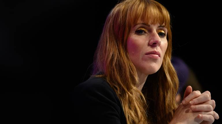 An image that illustrates this article Man arrested after Labour's Angela Rayner receives threatening calls