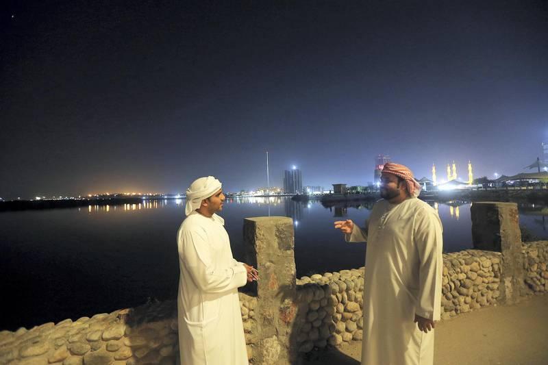Ras Al Khaimah, May, 09, 2019: Ahmed Rashid (L) and Mohammed Rashid at the Al Qasimi Corniche in Ras Al Khaimah . Satish Kumar/ For the National / Story by Rubai Haza