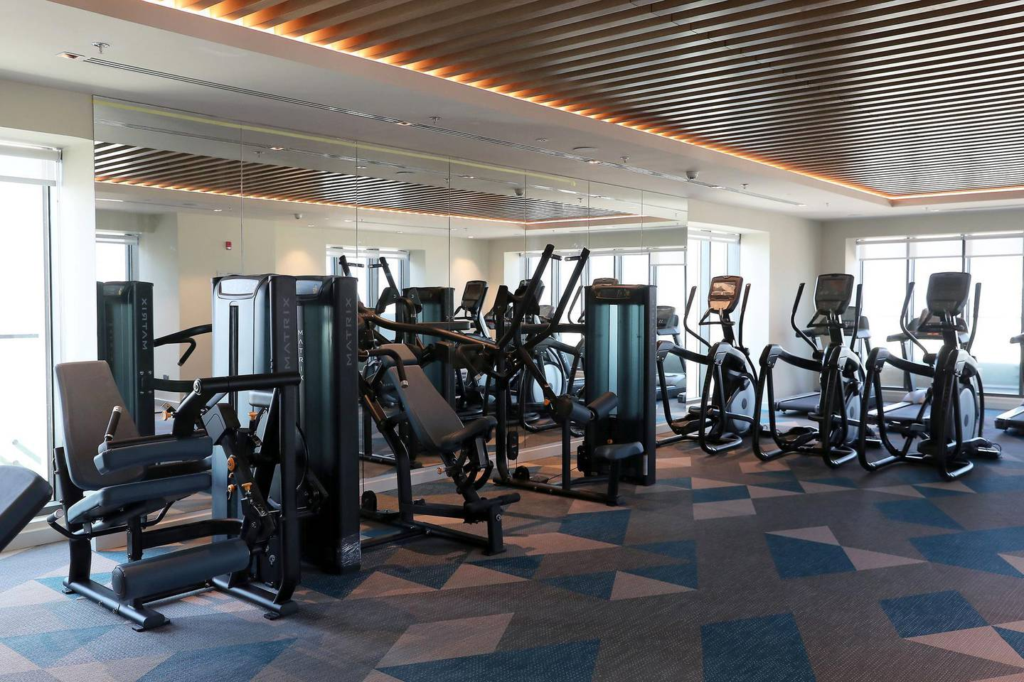 DUBAI, UNITED ARAB EMIRATES, December 6 – View of the gym at the Element hotel apartments in Al Jaddaf area in Dubai. (Pawan Singh / The National) For Lifestyle/Online. Story by Janice Rodrigues