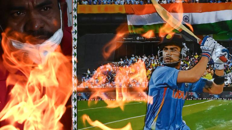 An image that illustrates this article India fans pray for T20 World Cup victory over Pakistan - in pictures