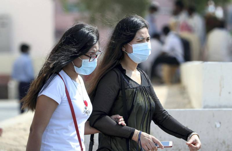 DUBAI, UNITED ARAB EMIRATES , October 9 – 2020 :- People wearing protective face mask as a preventive measure against the spread of coronavirus in Bur Dubai area in Dubai. (Pawan Singh / The National) For News/Stock/Online.