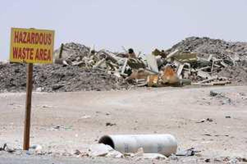 ABU DHABI. 17th July 2008. LAND FILL SITE. Hazardous waste area at the Maqatra land fill site  between Abu Dhabi and Hmeem. Stephen Lock  /  The National.  *** Local Caption ***  SL-rubbish-017.jpgSL-rubbish-017.jpg