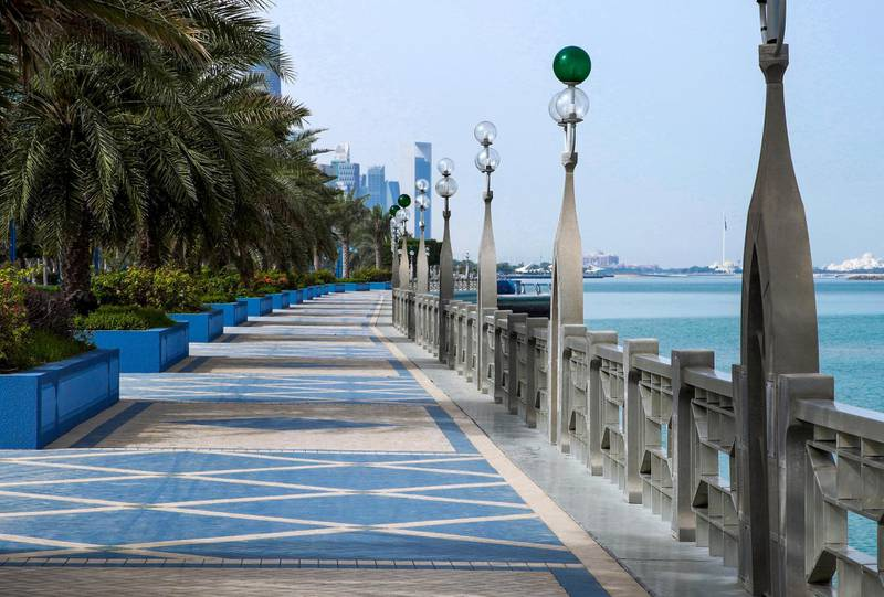 Abu Dhabi, United Arab Emirates, March 27, 2020.  The Corniche on the first day of the UAE cleaning campaign.  Emiratis and residents across the UAE must stay home this weekend while a nationwide cleaning and sterilisation drive is carried out.  . Victor Besa / The National