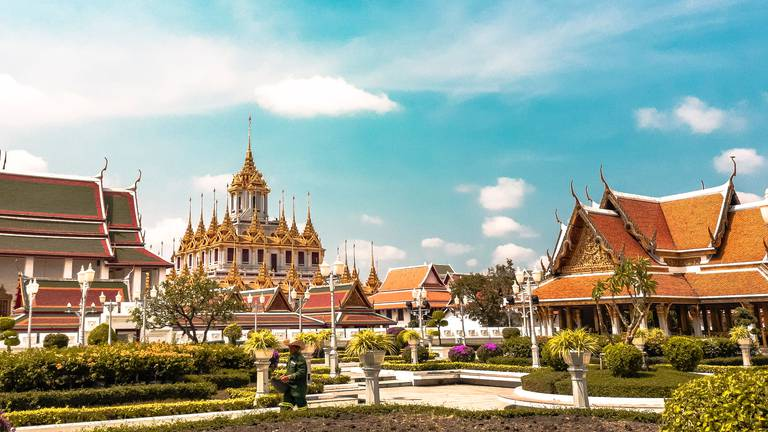 An image that illustrates this article Bangkok set to reopen to international tourists next month