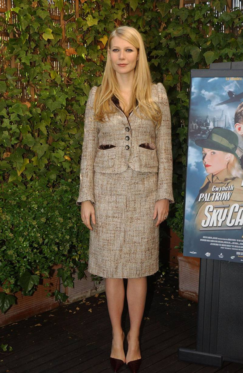 """MADRID, SPAIN - NOVEMBER 11:  (NO SPANISH SALES UNTIL DECEMBER 19, 2004)  Gwyneth Paltrow attends a photocall to promote her new film """"Sky Captain and the World of Tomorrow"""" at  Hotel Hesperia on November 11, 2004 in Madrid, Spain. (Photo by Getty Images)"""