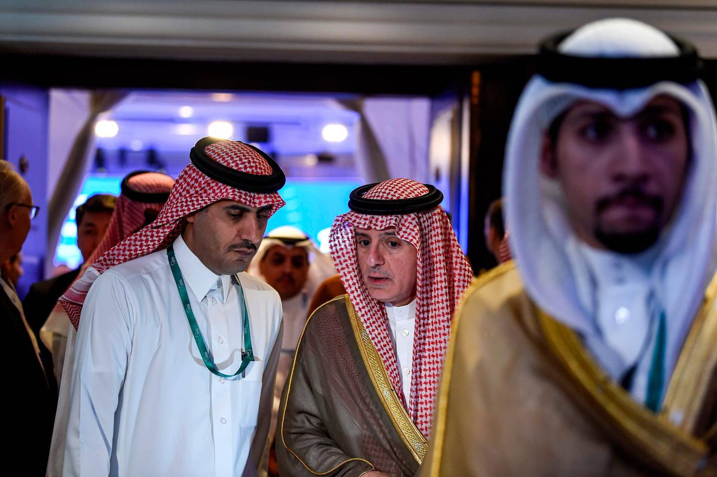 Adel Al-Jubeir (C), Saudi Minister of State for Foreign Affairs, attends the 15th Manama Dialogue, a regional security summit organized by the International Institute for Strategic Studies (IISS), in the Bahraini capital Manama on November 23, 2019.   / AFP / Mazen Mahdi