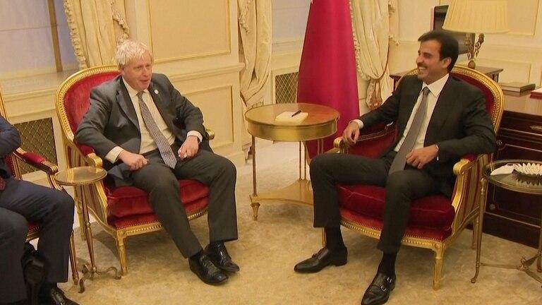 An image that illustrates this article Boris Johnson meets Qatari Emir in New York