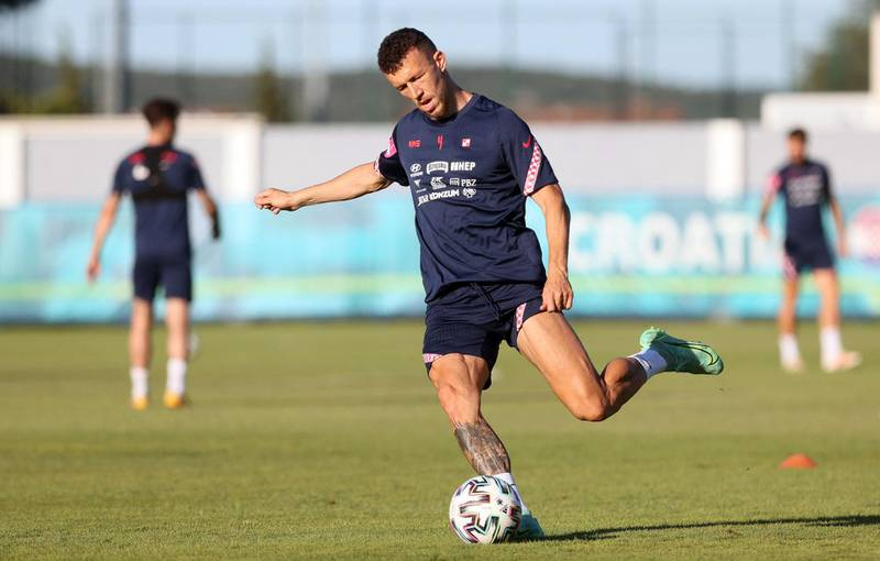 Croatia's forward Ivan Perisic takes part in a training session at the Rovinj Stadium in Rovinj on June 25, 2021 during the UEFA EURO 2020 football competition. / AFP / Damir SENCAR