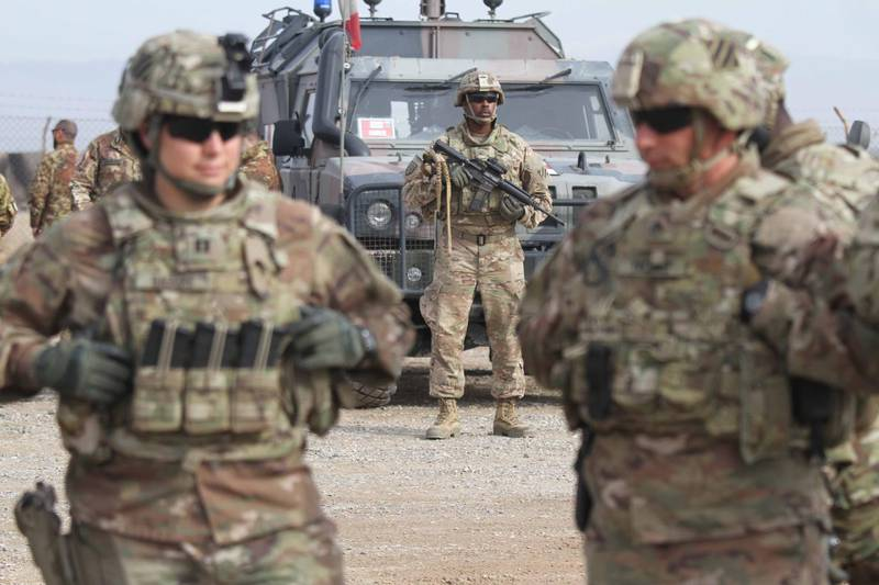 epa08827216 (FILE) - US soldiers attends a training session for Afghan Army soldiers in Herat, Afghanistan, 02 February 2019 (reissued 18 November 2020). Media reported that US President Donald J. Trump plans to withdraw 2,000 US troops in Afghanistan. *** Local Caption *** 56187189