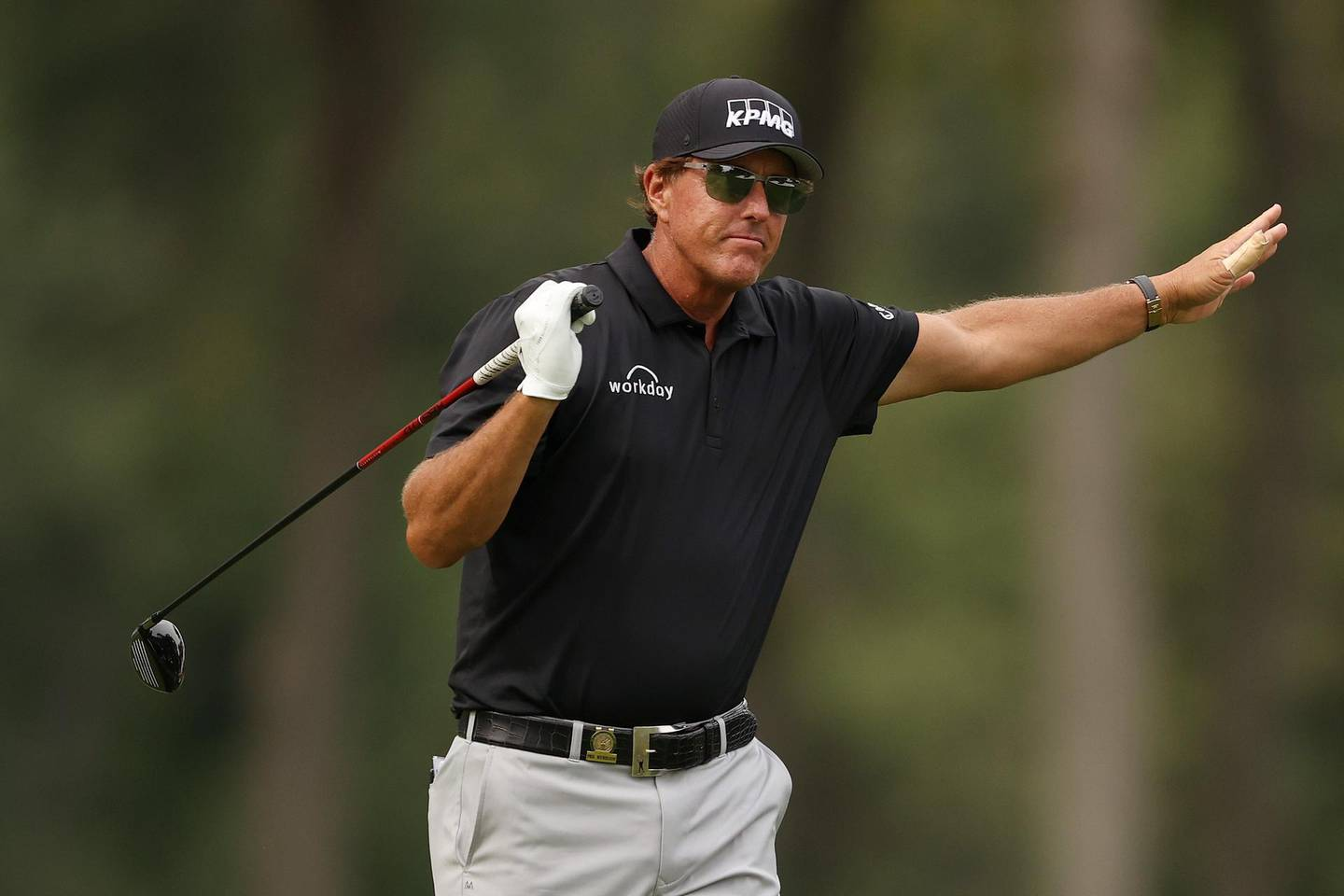 MAMARONECK, NEW YORK - SEPTEMBER 17: Phil Mickelson of the United States reacts to his shot from the eighth tee during the first round of the 120th U.S. Open Championship on September 17, 2020 at Winged Foot Golf Club in Mamaroneck, New York.   Gregory Shamus/Getty Images/AFP == FOR NEWSPAPERS, INTERNET, TELCOS & TELEVISION USE ONLY ==