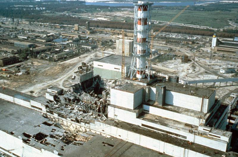 CHERNOBYL, UKRAINE, USSR - MAY 1986: Chernobyl nuclear power plant a few weeks after the disaster. Chernobyl, Ukraine, USSR, May 1986.     (Photo by Laski Diffusion/Getty Images)