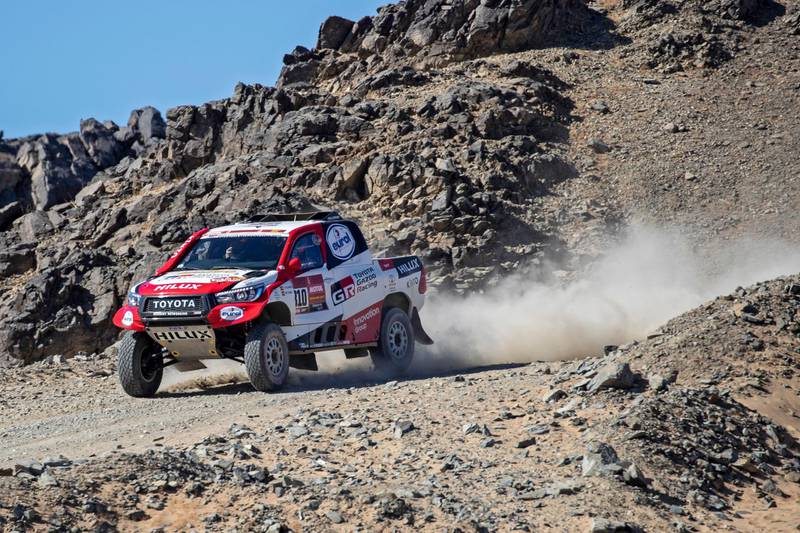 epa08104269 Spanish driver Fernando Alonso of Toyota Gazoo Racing in action during the first stage of the Rally Dakar 2020 from Jeddah to Al Wajh, Saudi Arabia, 05 January 2020. The Rally Dakar takes place in Saudi Arabia from 05 to 17 January 2020.  EPA/ANDRE PAIN