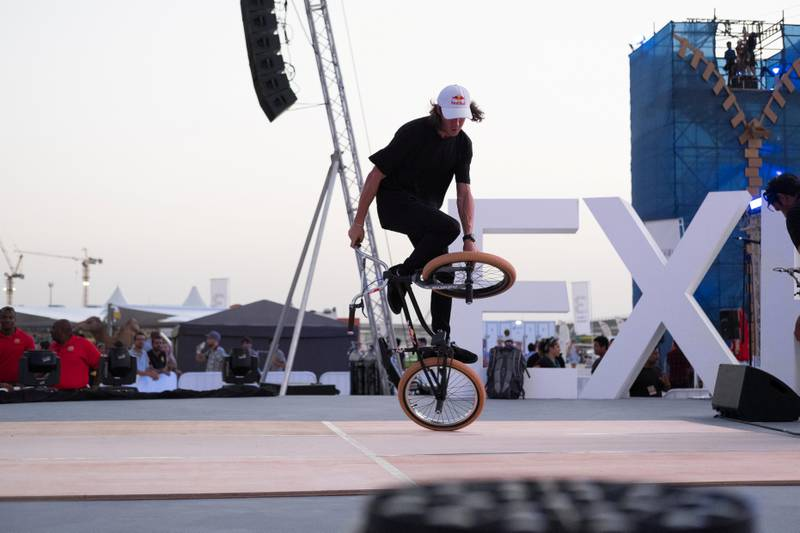 20.11.17. An event in JBR Dubai in preparation for Expo2020. Starting at 4.30 and running until 8.30Pm the event puts on a variety of performances and entertainment.  Anna Nielsen For The National.