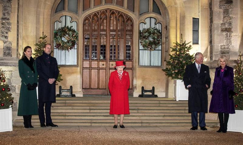 Britain's Queen Elizabeth, Prince William and Catherine, Duchess of Cambridge, Charles, Prince of Wales and Camilla, Duchess of Cornwall pose for a photo at Windsor Castle, in Windsor, Britain December 8, 2020. Richard Pohle/Pool via REUTERS