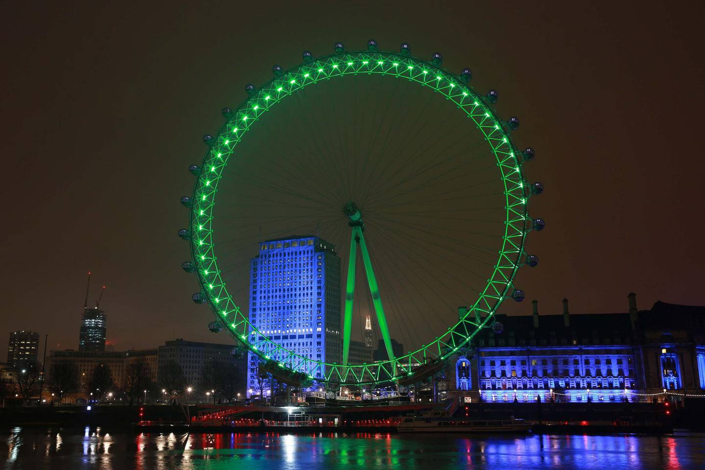 REPRO FREE16/03/2015, London – Tourism Ireland's annual Global Greening initiative, to celebrate the island of Ireland and St Patrick, has gone from strength to strength – from its beginning in 2010, with just the Sydney Opera House going green, to this year, when more than 150 landmark buildings and iconic sites across the world will turn a shade of green for our national day. PIC SHOWS: The iconic London Eye, illuminated in green as part of Tourism Ireland's Global Greening initiative, to celebrate the island of Ireland and St Patrick.Pic – Matt Alexander/PA Wire (no repro fee)Further press info – Sinéad Grace, Tourism Ireland 087 685 9027