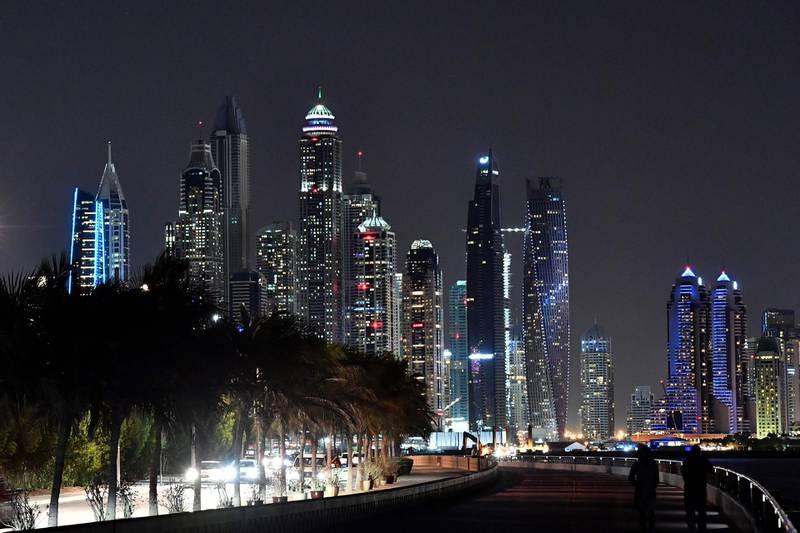 A picture taken on January 11, 2018 shows the skyline of the Dubai Marina. / AFP PHOTO / GIUSEPPE CACACE