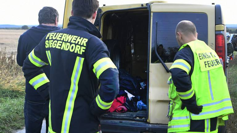 An image that illustrates this article Driver sought after two migrants found dead in a van in Austria