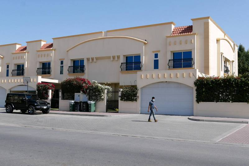 DUBAI, UNITED ARAB EMIRATES , Feb 08 – Villas compound in Umm Suqeim area in Dubai. (Pawan Singh / The National) For News/Stock/Online/Instagram. Story by Georgia