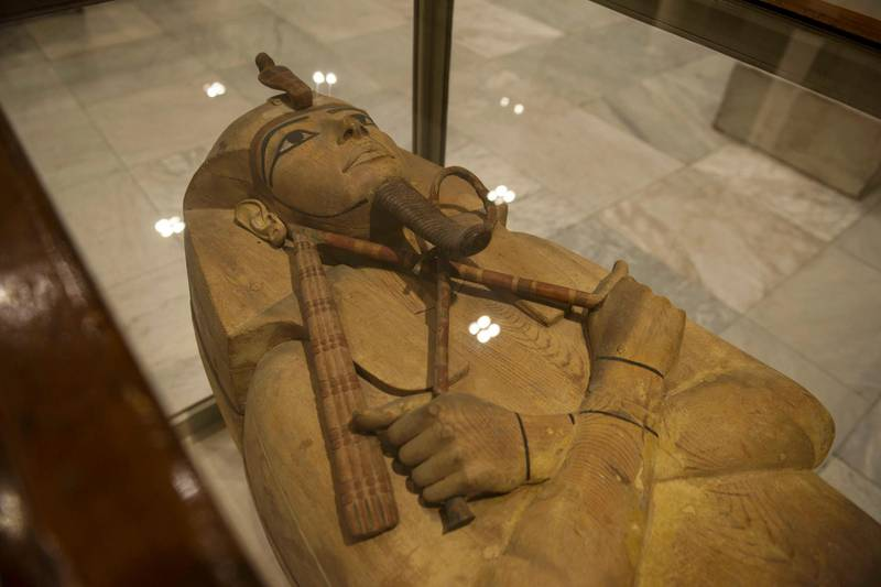 epa07510731 A view of the wooden coffin of King Ramses II on display in the Egyptian Museum at Tahrir Square in Cairo, Egypt, 16 April 2019.  EPA-EFE/Mohamed Hossam