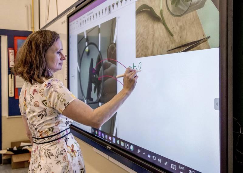 Dubai, United Arab Emirates, March 4, 2020.  Demonstration of a virtual classroom at the Dubai College by Pysics teacher, Regina O'Dwyer.Victor Besa / The NationalSection:  NAReporter: Patrick Ryan