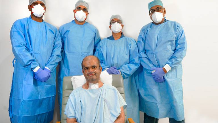 An image that illustrates this article Indian doctor has double lung transplant after Covid-19 ordeal