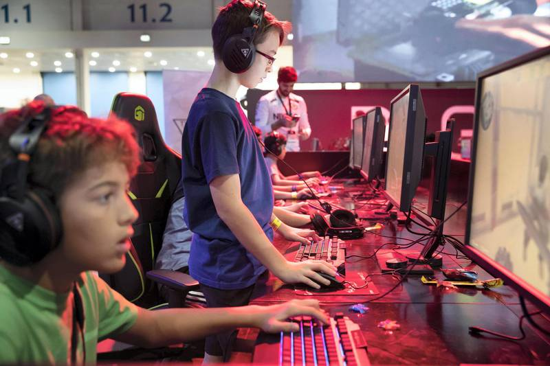 ABU DHABI, UNITED ARAB EMIRATES. 25OCTOBER 2018. Middle East Games Con held at ADNEC. The cities larhgest Games and Anime conference. Gamers enjoy the video games on offer. (Photo: Antonie Robertson/The National) Journalist: Patrick Ryan. Section: National.