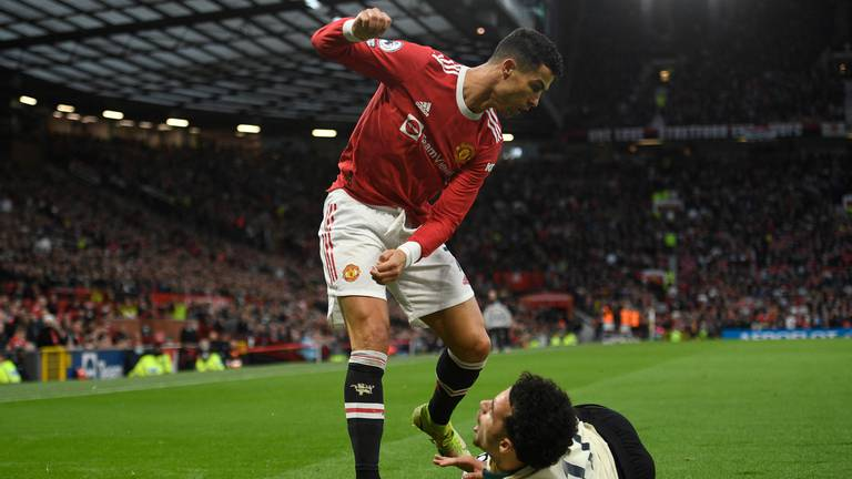 An image that illustrates this article Ronaldo is a problem Solskjaer may not solve and a new manager may not want