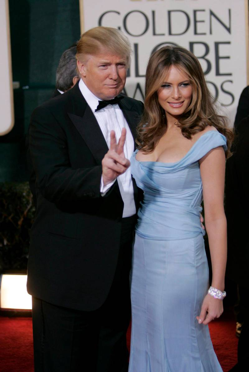epa00903714 Tycoon Donald Trump and wife Melania arrive at the 64th Annual Golden Globe Awards held at the Beverly Hilton Hotel in Beverly Hills, California, on Monday, 15 January, 2007. EFE/Adrian Sanchez Gonzalez  EPA/EFE/ADRIAN SANCHEZ-GONZALEZ