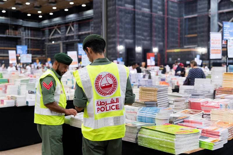 DUBAI, UNITED ARAB EMIRATES - OCTOBER 18, 2018. Shopper browse the books at Big Bad Wolf.The Big Bad Wolf Sale Dubai has over 3 million brand new, English and Arabic books across all genres, from fiction, non-fiction to children's books, offered at 50%-80% discounts.(Photo by Reem Mohammed/The National)Reporter: ANAM RIZVISection:  NA