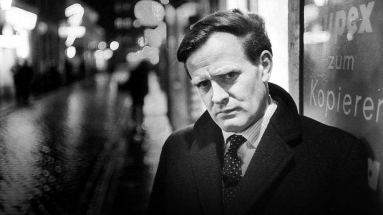 An image that illustrates this article Spy author John le Carre dies of pneumonia, aged 89