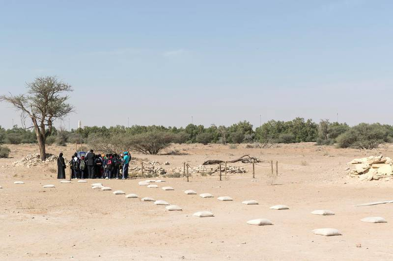 AL AIN, UNITED ARAB EMIRATES. 19 November 2017. Tour of the historically important archaeological site in Hili, Al Ain. Pupils from the Al Saad Indian High School tour the site. (Photo: Antonie Robertson/The National) Journalist: John Dennehy. Section: Weekend.