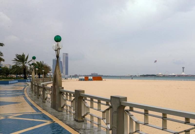 Abu Dhabi, United Arab Emirates, January 11, 2020.  Abu Dhabi rains.  Corniche.Victor Besa / The National