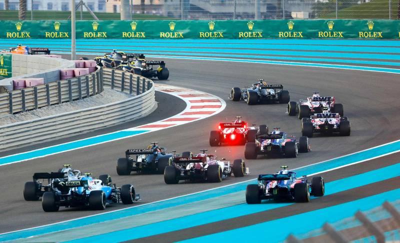 Abu Dhabi, United Arab Emirates, December 1, 2019.  Formula 1 Etihad Airways Abu Dhabi Grand Prix.--  Turn 2 during the start of the F1 2019 final race.Victor Besa / The NationalSection:  SPReporter:  Simon Wilgress-Pipe